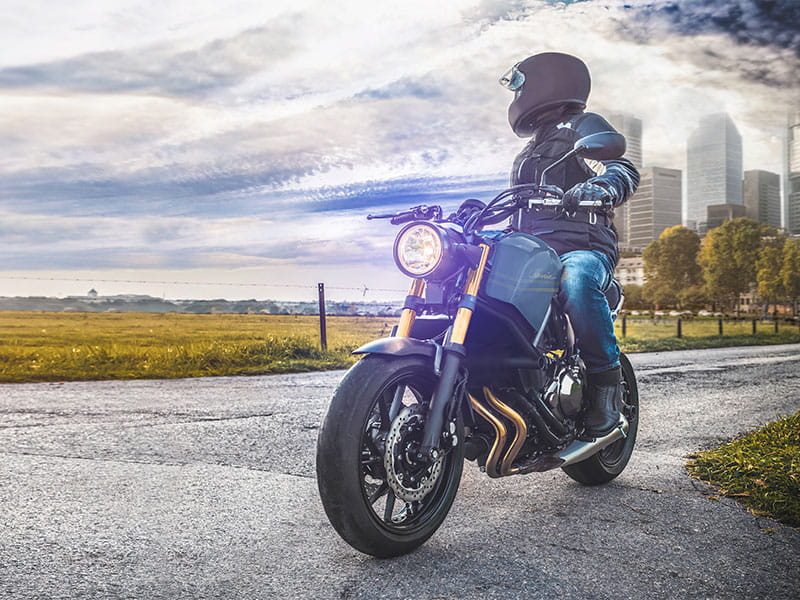 Tips to keep you and your motorcycle running for long-distance rides |  Dairyland® motorcycle